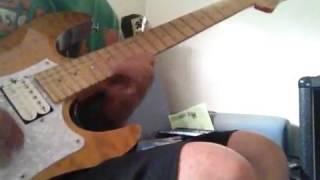 CONCERTO MOONで一番好きな曲です。 ギターソロは適当ですいません。