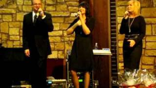 The Crist Family (When I Get Carried Away / I Love Lovin' Jesus) 01-08-11 Video