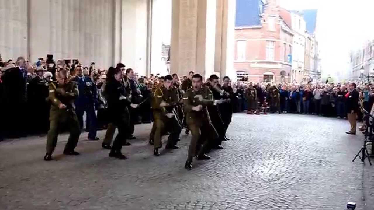 Menin Gate Ypres - ANZAC - Haka - April 2015 (Last post) - YouTube