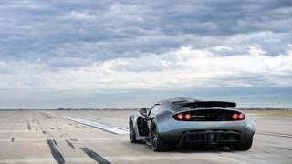 Repeat youtube video Venom GT Guinness World Record 0 - 300 km/h: 13.63 sec.