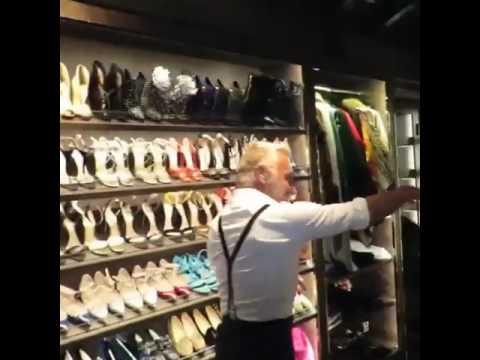 Cabina Armadio Giorgia : Gianluca vacchi mostra la lussuosa sala guardaroba di giorgia