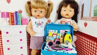 Ani y Ona hacen las maletas para ir a casa de su abuelita
