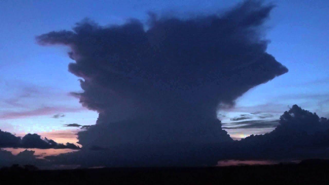 Thunderhead - Cumulonimbus Cloud - YouTube
