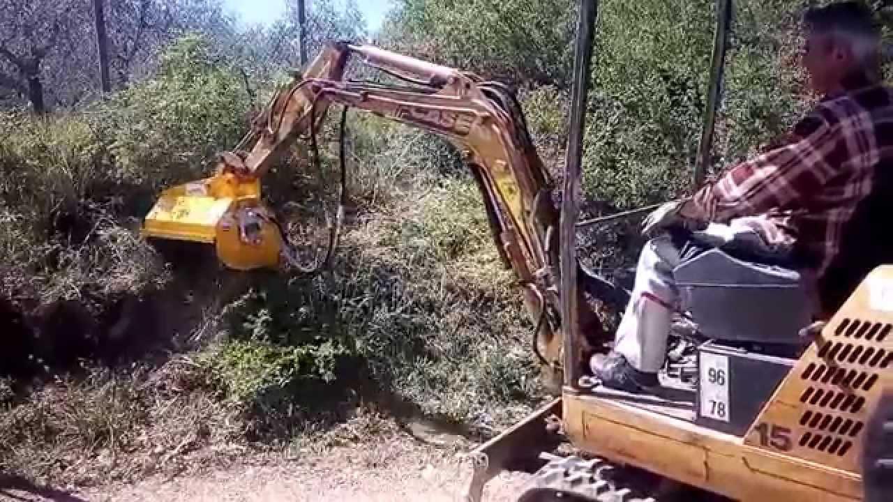 trincia ghedini da52 su escavatore case 15 15 quintali