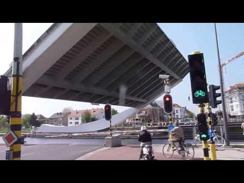 Scheepsdale Bridge (Cantilever) Bruges, Belgium (Brugge), BRUGGE : Scheepsdalebrug