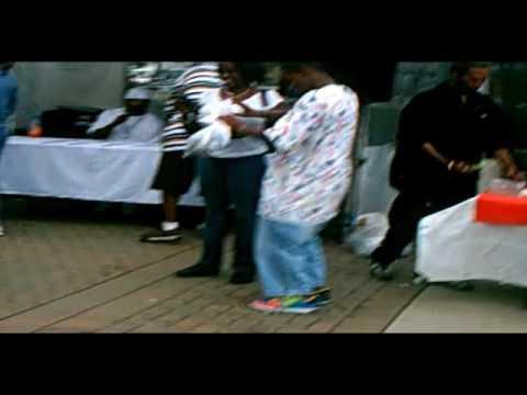 65aa782a88d DJ Polo - Detroit Guy Dancing at Hart Plaza - YouTube
