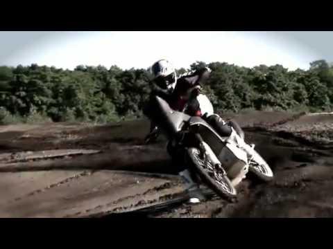 Honda CRF Rally   Dakar Rally Machine