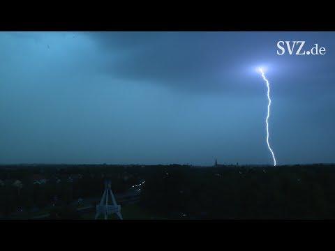 Unwetter über Schwerin im Zeitraffer
