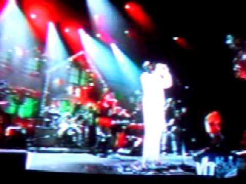 Kid Rock sings  Rock & Roll Jesus from Larrys xmas Special