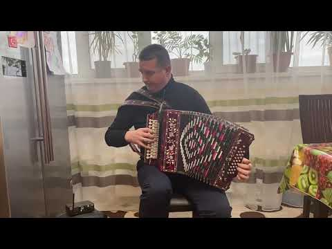 Вінок Українських польок на міді гармоні.