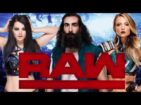 tre-wrestlers-sono-presenti-nel-backstage-di-raw
