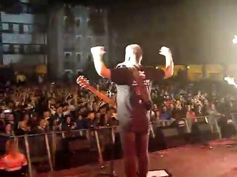Reincidentes «Jartos de aguantar» (desde el escenario) @ Fiestas de San Fausto, Basauri mp3