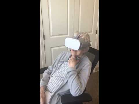 How Virtual Reality Helps People with Dementia | Quail Park of West Seattle