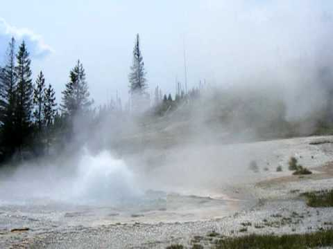Rustic Geyser, Heart Lake Geyser Basin, Yellowstone National Park, August 2007