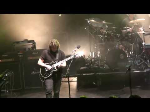Spectral Mornings - Steve Hackett Live at Shepherds Bush 2009