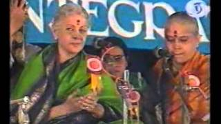 M S Subbulakshmi - Spirit of Unity Concert 01 for National Integration_18m 44s