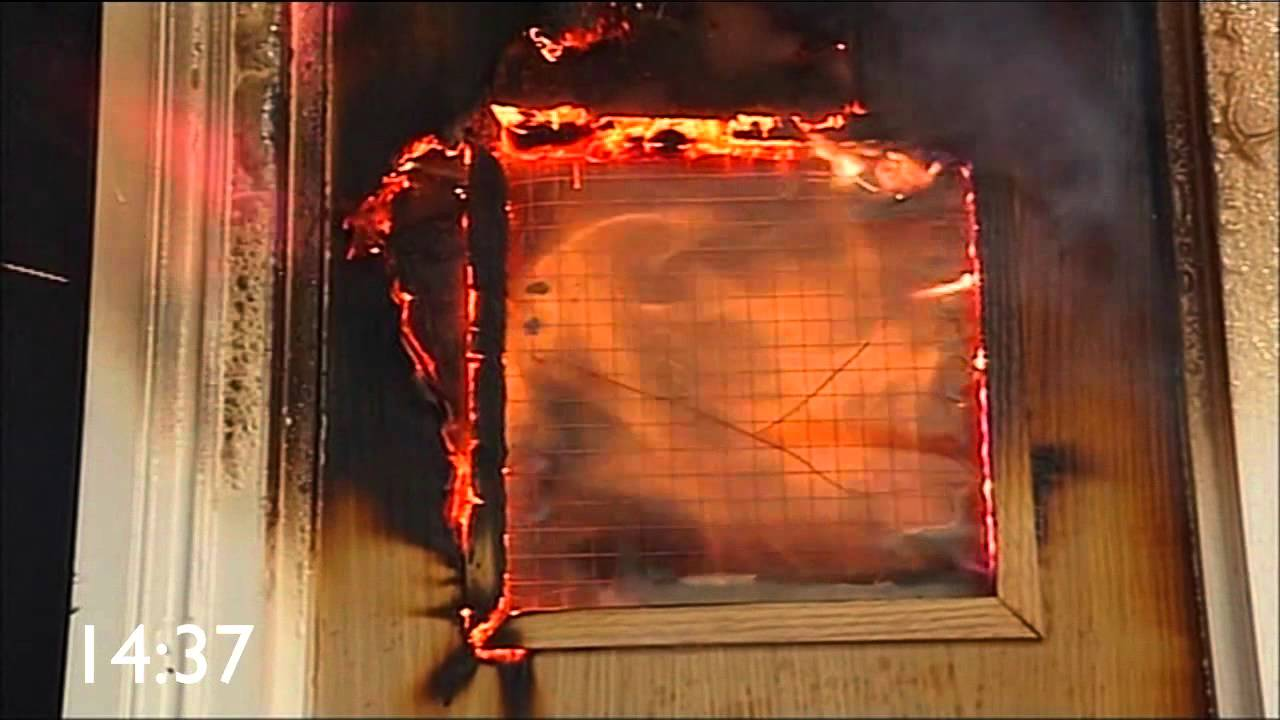Lorient Comparative Indicative Fire Door Test Youtube