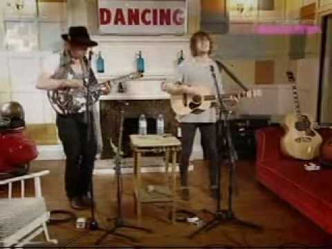 The Kooks - Sway (Acoustic at E4s The Month with Miquita)