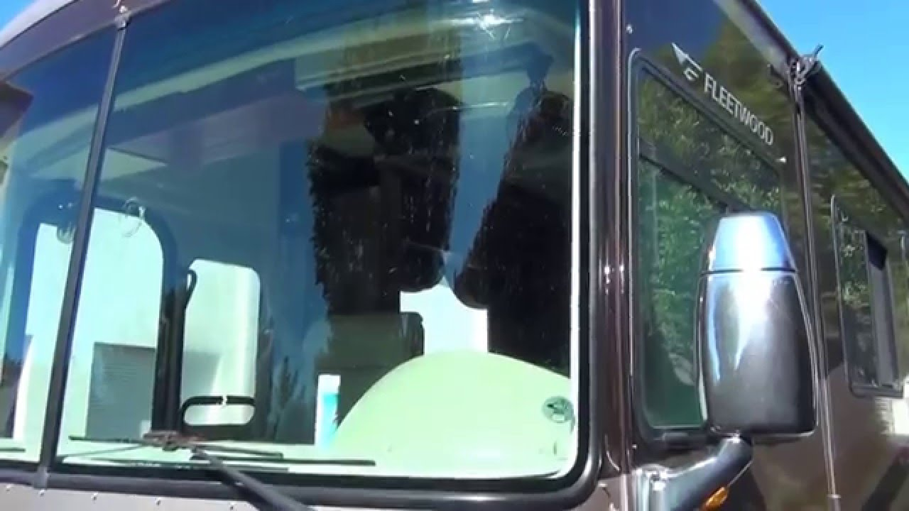 RV Windshield Repair and RV Windshield Replacement Glass
