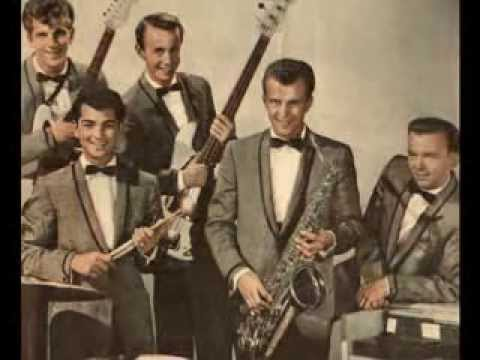 Johnny & Hurricanes  - Thunderbolt  (Stereo 1959)