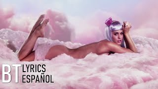 Katy Perry - California Gurls ft. Snoop Dogg (Lyrics + Español) Video Official