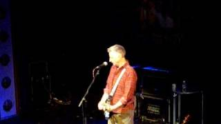 Billy Bragg - Live- A lover sings