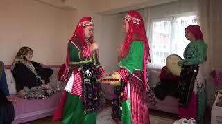 Kütahya Simav Asırlardır Değişmeyen Kıyafetler Kaşık oyunları.