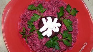 Теплый салат из свеклы