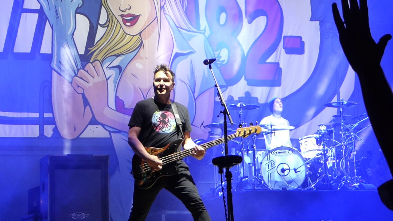 Blink-182 - Anthem - Live @ Back to the Beach Festival ...