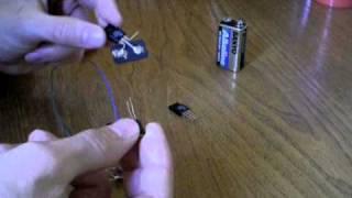Repeat youtube video Generatore di tensione 5v (tutorial)