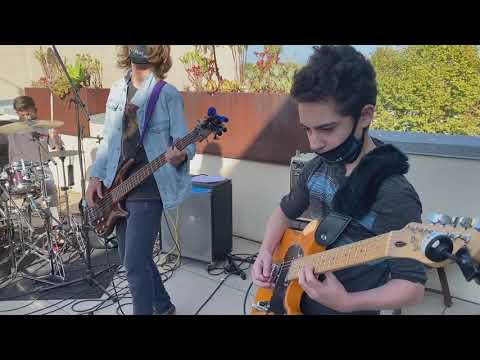 "BNM's Flatline covers ""Sweet Child O' Mine"" @ MAH 10/24/20"