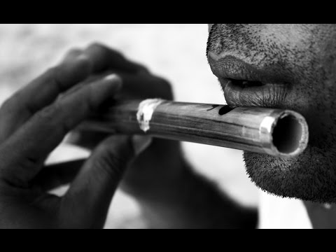 AWESOME FLUTE PLAYING!!! KAL HO NA HO.. BY A FLUTE SELLER..