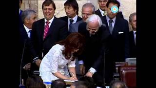 Asunción de Cristina Kirchner: jura y primer discurso como presidenta, 2007 (parte II) (fragmento)