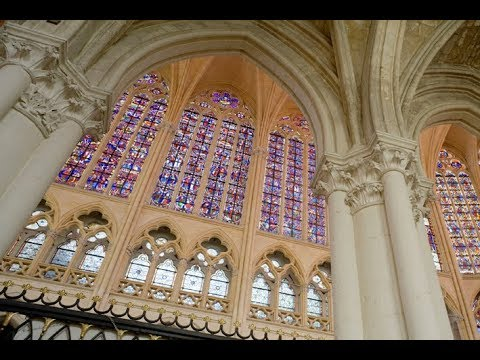Places to see in ( Tours - France ) Cathedrale St Gatien