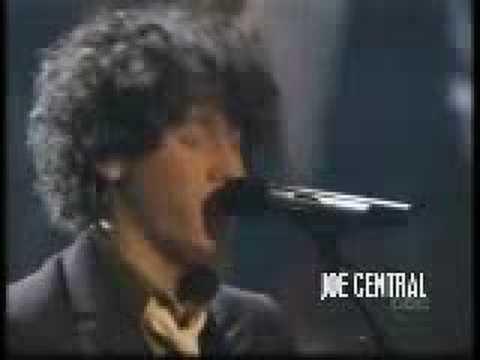 Jonas Brothers singing SOS live 2007 music awards