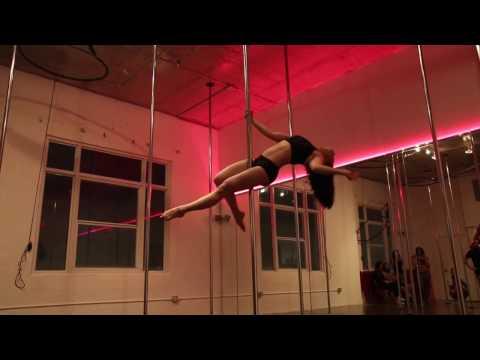Dance like nobody's watching - Milan Pole Dance Studio Miami & Svetlana