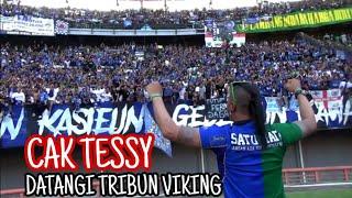 Cak Tessy datangi Tribun Viking, langsung Auto Nyahut Chant ini | Persebaya vs Persib