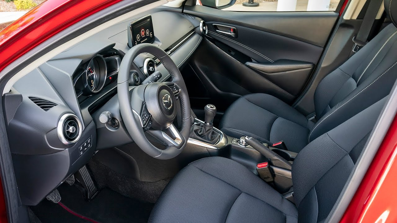 2020 Mazda 2 - INTERIOR