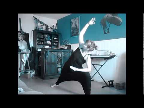 Affiner vos cuisses vinyasa yoga by yogi clem youtube for Exercice cuisse interieur