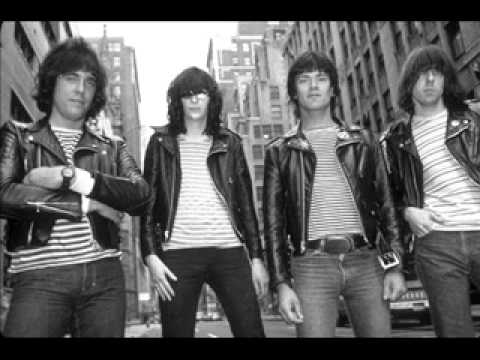 RAMONES Live 07.11.1981 Bordeaux, France (Full Audio Concert)