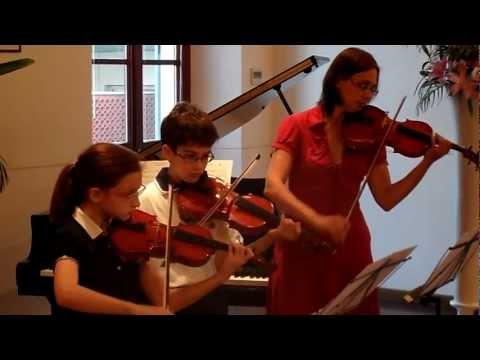 Associazione Mousiké – Saggio del Corso di Violino – 26 Maggio 2012