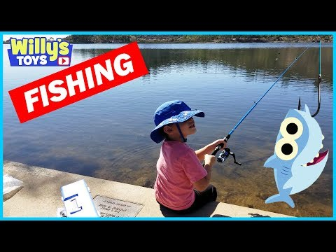 Kids Fishing Pole And Fishing Rod Reel Combo By Plusinno - Baby Shark Song TOY REVIEW