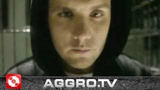 Смотреть клип Fler Ft. Godsilla & Reason - Gangsta Rapper