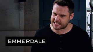 Emmerdale - Lee Gets Between Aaron and Robert's Marriage