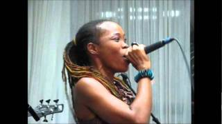 QUEEN IFRICA - PEACE - [WORLD VIEW RIDDIM] [JAN 2012]