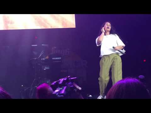 Alessia Cara - Growing Pains Front Row