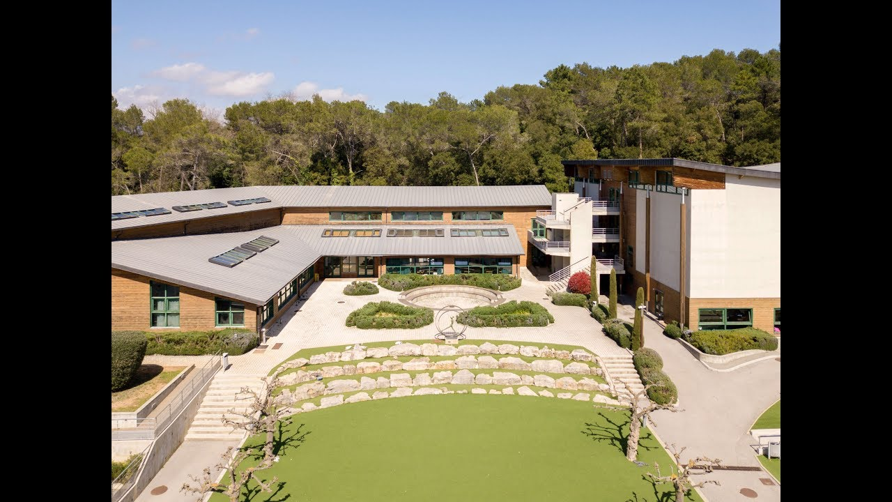Meubles Mougin France Mougins School Prepare For Tomorrow S World With An Education