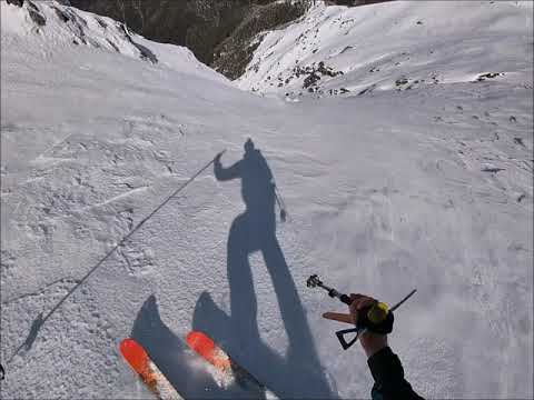 Big Mountain Skiing In Australia: Mt Feathertop