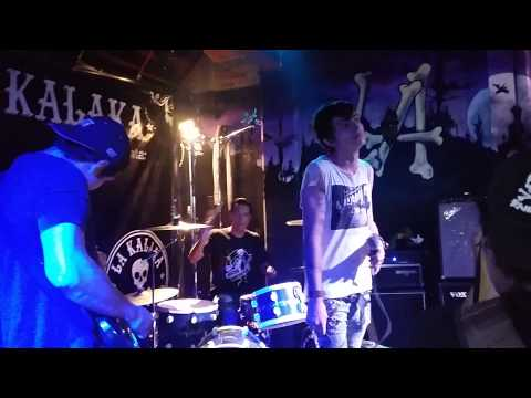 The bagfuckers - Rolling Down live at Kalaka bar
