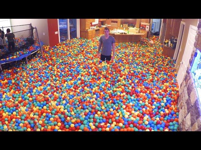 Crazy Plastic Ball PRANK!!